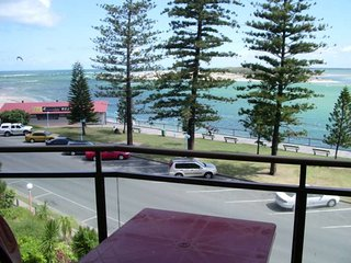 Allamanda Place Unit 6 Bulcock Beach QLD, Caloundra