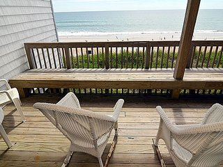Queen's Grant B-105 - Oceanfront, Pool, Hot Tub, Boat Access