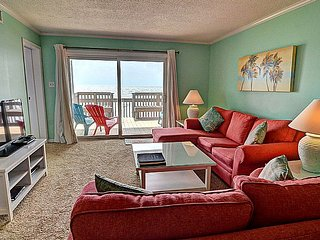 Queen's Grant A-103 - Dynamic Oceanfront View, Pool, Hot Tub, Boat Ramp & Dock, Topsail Beach