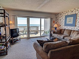 Queen's Grant D-113 - Oceanfront, Pool, Hot Tub, Boat Access, Topsail Beach