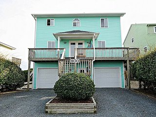 A Grande Green - SPRING SAVINGS!! UP TO $230 off!! Beautiful Oceanfront home wit