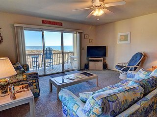 Surf Condo 222 - Scenic Ocean View, Coastal Decor, Pool, Beach Access, Onsite