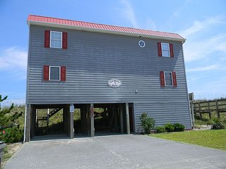 Seahorse Barn - Oceanfront. Close to Nightlife