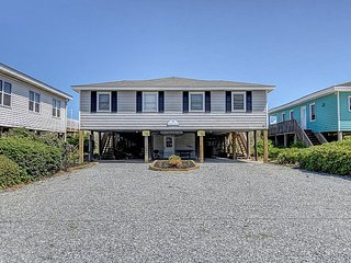 Star of the Sea South - Sensational Oceanfront Views, Great Location, Affordable, Topsail Beach