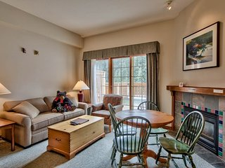 Hearthstone Lodge Village Ctr - HS207, Sun Peaks