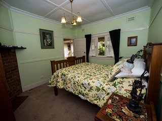 Shelton-Lea B&B - Allambee Spa Suite