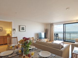 Sea Side, Nassau Court located in Westward Ho!, Devon