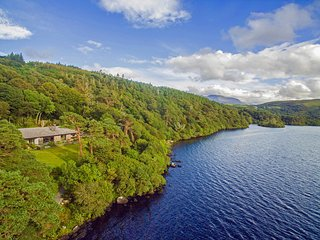Large Lakefront House - Stunning Views!, Caragh Lake