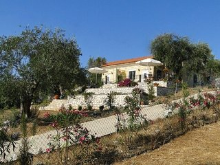 Ferienhaus Nora, Pool, Strand & Naturschutzgebiet, Acharavi