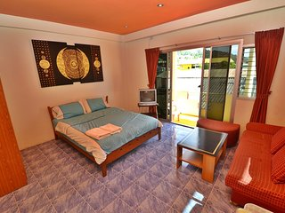 Patong Beach Homestay R2 |Superior room |