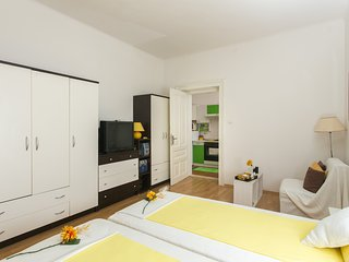 Apartment Jeanny- One Bedroom Apartment, Dubrovnik