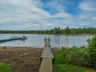 Quiet Cove Location with Private Dock