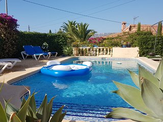 Villa with private pool 800m from sea, Calpe