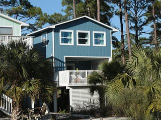 Beautiful 3 Bedroom Retreat on Cape San Blas, Port Saint Joe