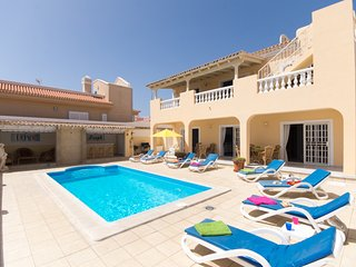 LYD6907223| Beautiful 5 Bedroom Villa. Stunning Sea Views. Private Heated Pool., Callao Salvaje
