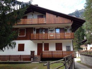 Appartamento in chalet (piano terra), Auronzo di Cadore