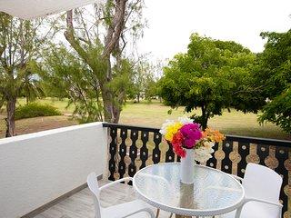 SWEETSPOT STUDIO, Rockley, Barbados, Near Beach *free wine/welcome basket!*