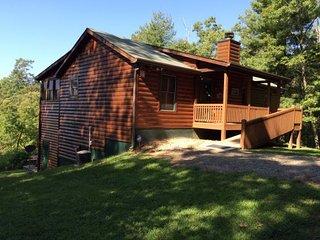 Bear Lodge on Miners Mountain, Helen