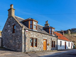 Cullen 117 Seatown  Culane Holiday Homes