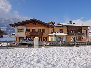 3 bedroom Apartment in Kaltenbach, Zillertal, Austria : ref 2295408, Stumm