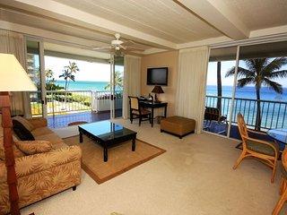 Whaler 401 - Ocean Front One Bedroom, 2 Bath Condominium, Lahaina