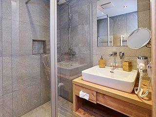 2 bedroom Apartment in Wald, Tyrol, Austria : ref 5033724
