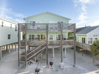 Direct Beachfront Vacation Home overlooking Fort Myers Beach from Decks on 2