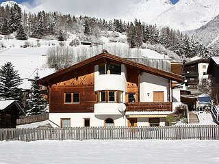 2 bedroom Apartment in Pettneu am Arlberg, Arlberg mountain, Austria : ref