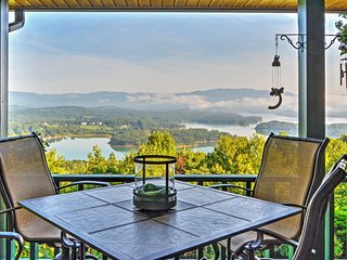 'Chatuge Overlook' 3BR Hiawassee House w/ Spectacular Views