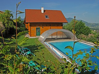 Schlierbach Holiday Home Sleeps 6 with Pool and WiFi - 5025484