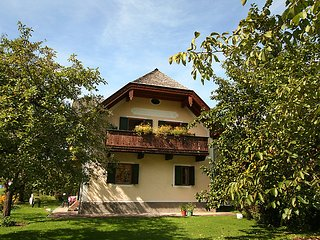 Strobl Apartment Sleeps 4 - 5025559