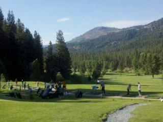 Plumas Pines Golf View - yeah Longboards!