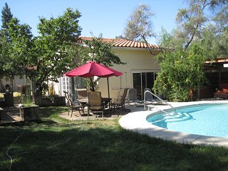 Stand alone Guest House Pool & SPA, Fair Oaks
