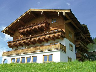 2 bedroom Apartment in Konigsleiten, Zillertal, Austria : ref 2295464