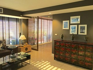 A spacious & private 70m2 bedroom., Bangkok