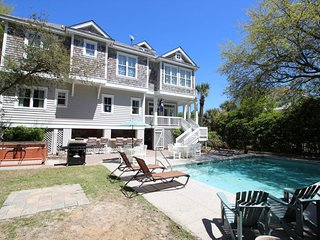 FREE POOL HEAT* 2nd Row Beach Home, Ocean Views, Private Pool/Spa, 5 Minute, Hilton Head