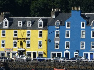 Waterfront Snug, Tobermory