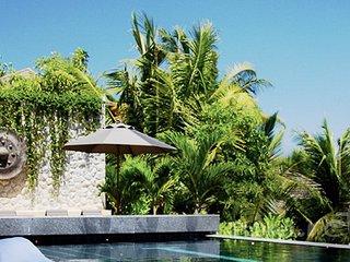 Villa 1302, Kamala