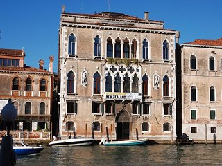 Ca Cerchieri 1 Villa for Rent | Rent Villas | Classic Vacation, Venecia