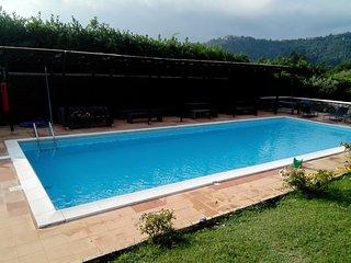 Villa REA con piscina, soccer field, tennis court