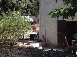 Maisonnette entre mer et campagne, Eccica-Suarella