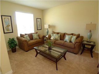 6 Bedroom 4 Bath Pool Home with Games Room. 2551DC, Kissimmee