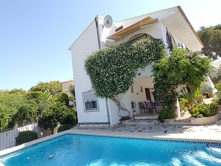 Casa Lita:Beautiful private pool, aircon, wifi..., Calpe
