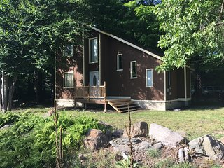 Beautiful Home in the scenic Pocono Mountains, Tobyhanna