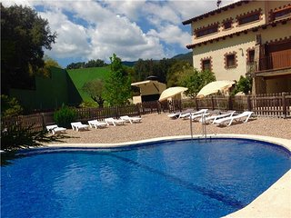 Pleasant 8-bedroom villa in Vilamajor, only 15km from the Spain beaches!, Sant Pere de Vilamajor