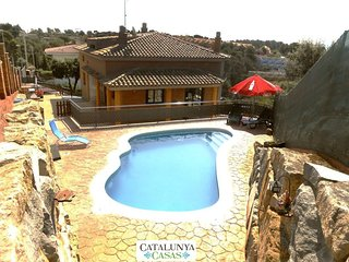 Sublime villa in Pedrasanta, just 25km from Barcelona