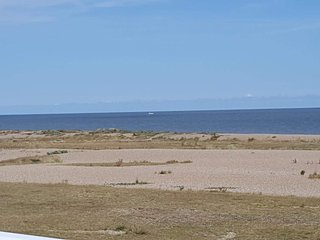 Kessinglnd beach caravan with sea views, Kessingland