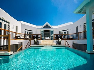 Mothers House, Providenciales