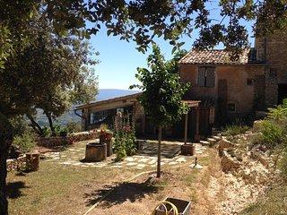 Les Lavandes ferme Provençale en Luberon, Saint-Saturnin-les-Apt