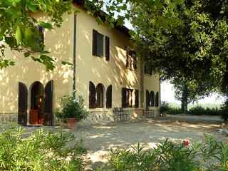 Casa Colonica: panoramic villa central Tuscany